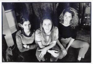 2000. Sa sestrama