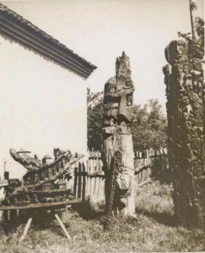 An exhibition in the garden